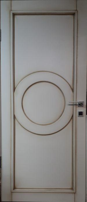 Межкомнатная дверь в профиле массив (эмаль с патиной) Великий Новгород